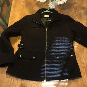 Black Quilted Dressier Coat with pockets~classy!